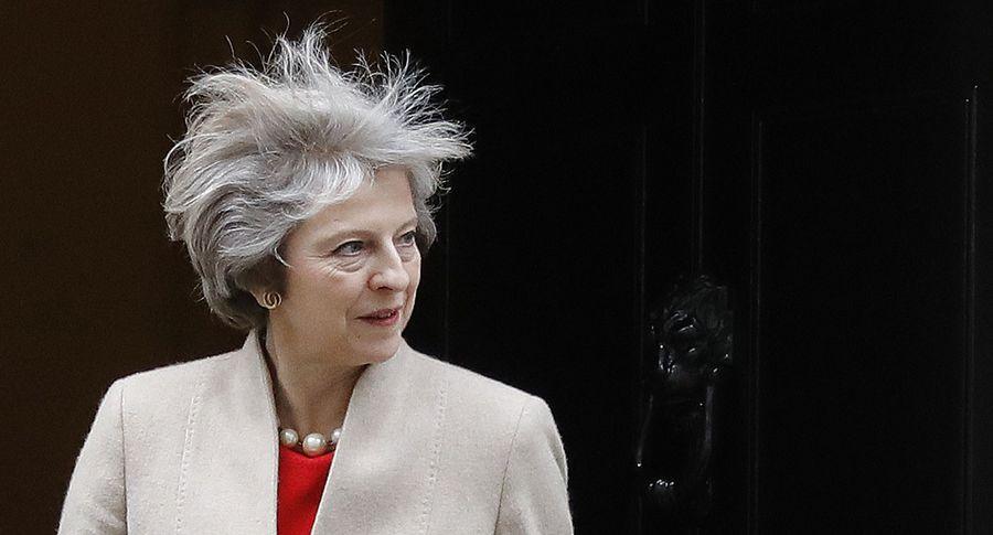 Сверепый пожар встолице Англии отсрочит старт переговоров поBrexit