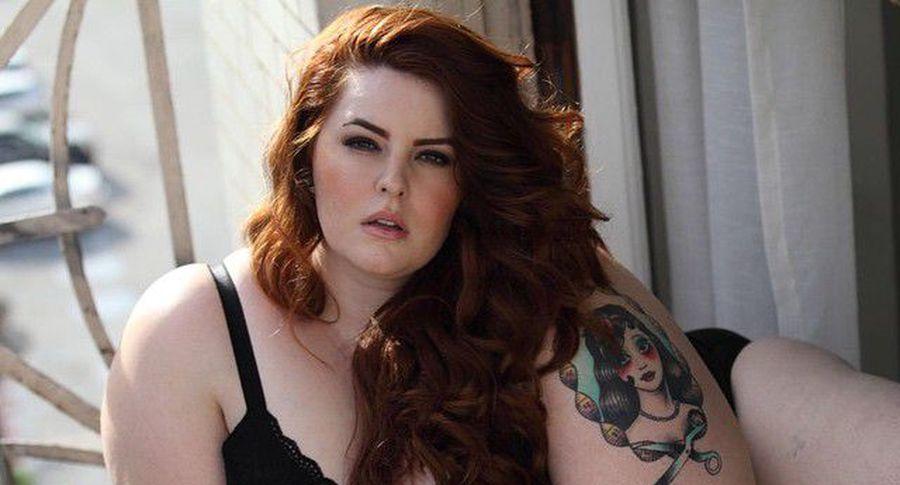 Самая полная модель Тесс Холлидей обнародовала селфи внижнем белье