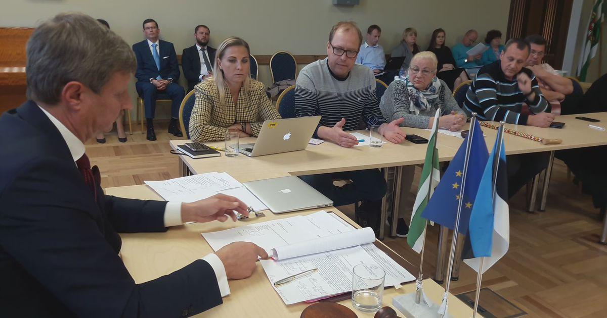 VIDEO Opositsiooni väljatõrjumine komisjonist tõi Jõhvi volikogus kaasa terava sõnavahetuse