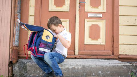 Lapse ranits tasub enne kooliminekut üle kaaluda, et vältida liigset koormust selgroole.