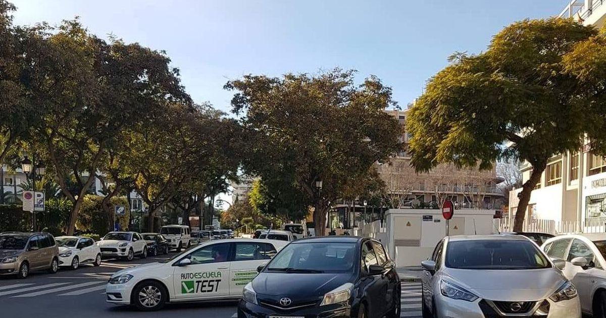 Liiklus Hispaania lõunarannikul: mõlkideta auto on müügisalongis!