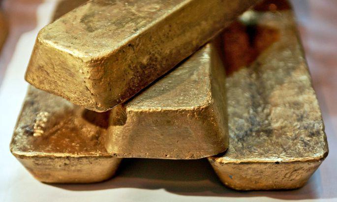 632cbb37f2f Prognoosi kohaselt kukub kulla hind järgmisel aastal 1000 dollarini untsi  kohta.