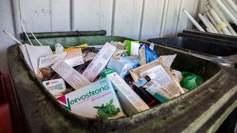 Praegu tuleb viia ravimid eraldi kogumispunkti. Tulevikus hakkab apteegis olema suletud konteiner, kuhu igaüks saab ise vanad ravimid ära visata ilma, et oleks vaja mingeid pabereid täita.