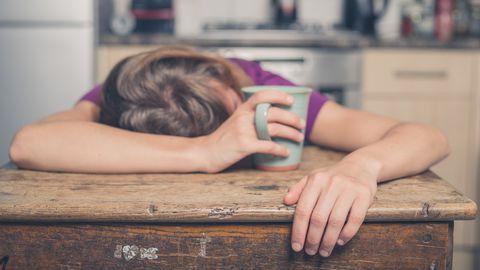 Silmad vajuvad kinni? Pidev väsimus võib viidata just nendele haigustele