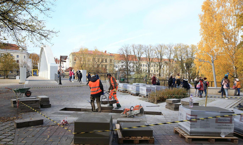 Jannseni ja Koidula väljaku tänavakivid pidasid vastu aasta