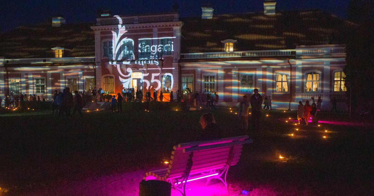 Kunstnikud lõid parki valgusnäituse
