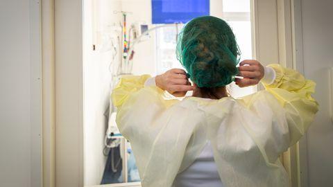 Koroonakriisi ajal peavad haiglatöötajad järgima väga rangeid ohutusmeetmeid. Pilt on illustratiivne.