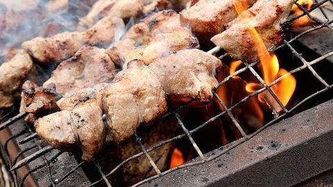 Grill-liha on eestlaste suveõhtute asendamatu kaaslane.