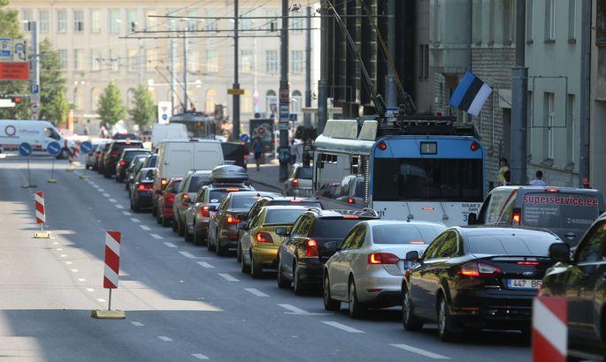 3e887197aba Tallinn sweats, jolts and groans in traffic havoc - Estonian news