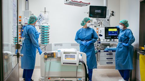 Haiglaravil olevast 34 inimesest on kuus kriitilises seisus