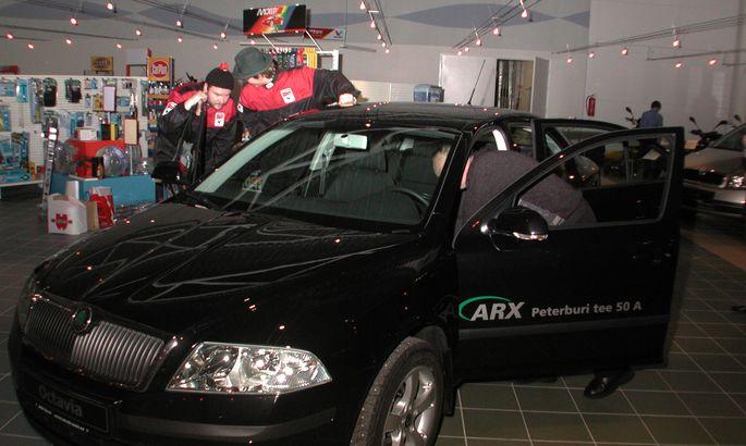 5190e30fd5c Üleeile tegi Paides uksed lahti maakonna suurim, 4500ruutmeetrine  autokeskus Auto Centrum. Auto Centrumi juhataja Andrus Jakobson ütles, et  esindus on ...