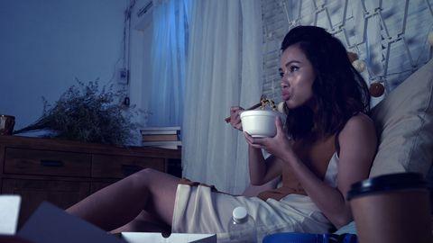 Mida parema une saavutamise nimel õhtul süüa ei tohiks?