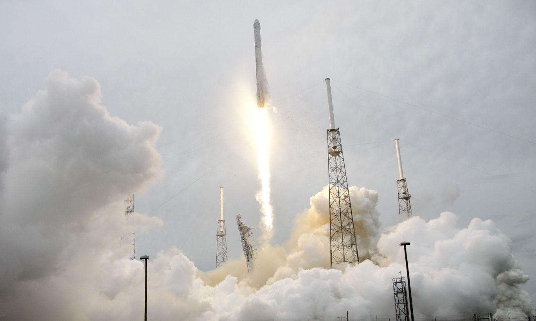 spacex hawthorne rocket - HD1200×834