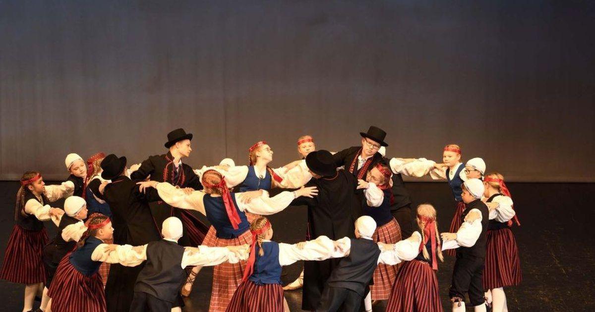 Videod: tantsupidu toob rahvani seitse täiesti uut eesti tantsu