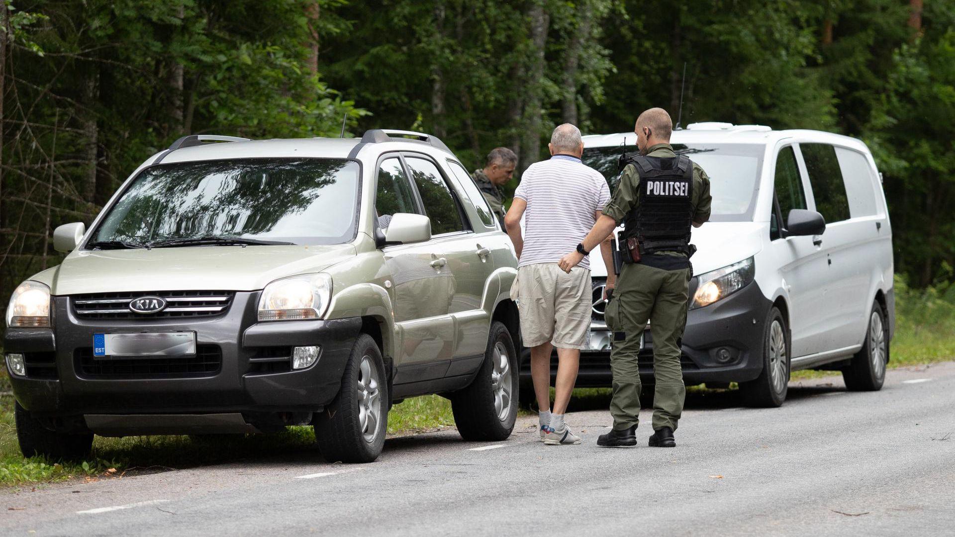 Tähelepanelikud liiklejad aitasid koerajuhtidest politseinikel tabada roolijoodiku