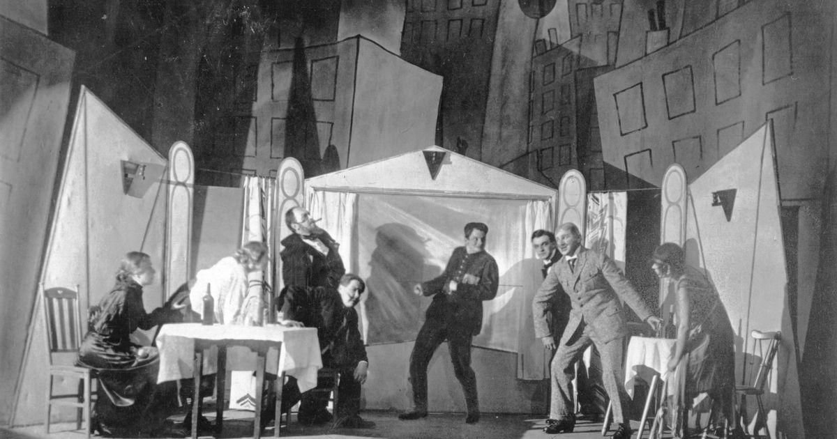 Täna ajaloos 18.10: Tartus keelati avalik teatritegemine
