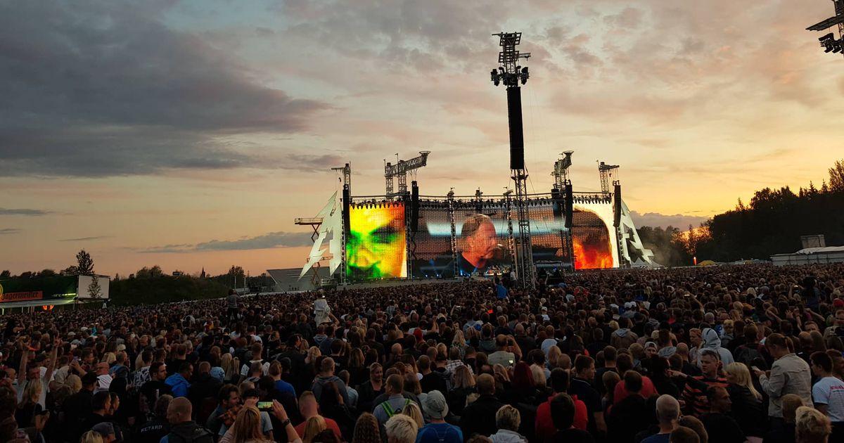 LUGEJAFOTOD JA - VIDEO: Kaua oodatud hetk käes - Metallica on laval ja rokib täiega