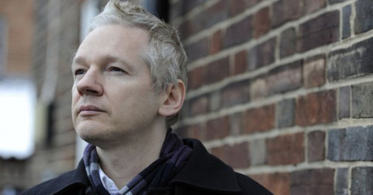 assange essay 2006 In 2006, mr assange wrote a pair of essays, state and terrorist conspiracies and conspiracy as governance he sees the us as an authoritarian conspiracy to radically shift regime behavior we must think clearly and boldly for if we have learned anything, it is that regimes do not want to be changed, he writes.