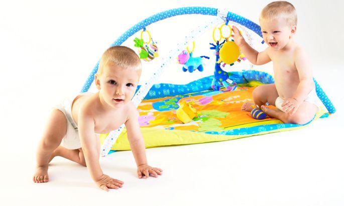 0b390a8012a Video: kaksikrasedus ja igapäevaelu kahe beebiga - Pere - sõbranna.ee
